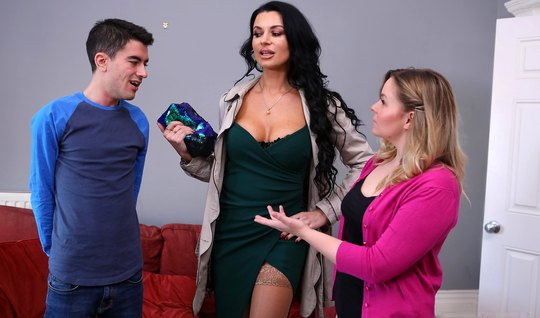 Hottie asked mom from Brazzers to make love to her virgin son...