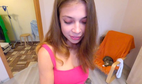 Russian beauty in a pink dress agreed to a close-up fuck