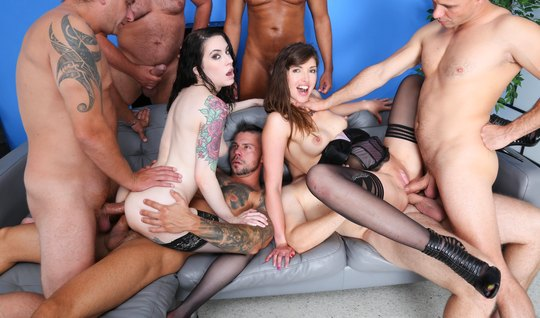 A crowd of athletes invited girls for group anal DP...