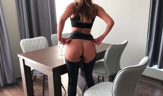 Lovely girlfriend in latex has not abandoned shooting homemade anal